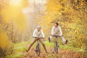 Seniori sa baví jazdou na bicykli